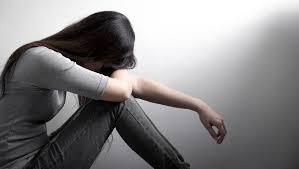 苦悩するツインレイ女性